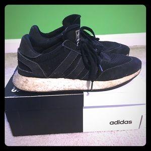 Adidas court adapt shoes size 11 used
